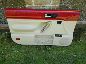 98 99 00 01 02 03 04 05 10 Vw Beetle Driver Left Side Door Panel Red Cream Tan
