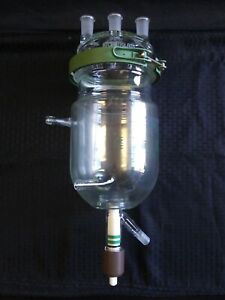 Chemglass 2000ml Glass Jacketed Reaction Vessel Lid Clamp Drain Valve Cg 1929 16