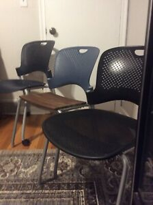 3 Herman Miller Caper Stacking Chairs With Flexnet Glide Custom Mix 1992