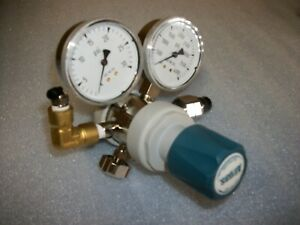 Airgas Regulator Model Y12 215a Lp Hp 3500 Psi Very Nice Unit