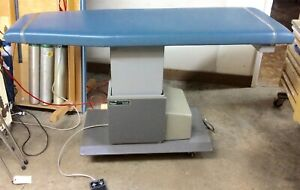Ritter 106 Power Exam Hi low Table Good Condition Guaranteed