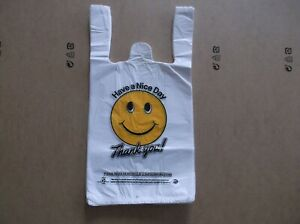 1050 Ct Plastic Shopping Bags t Shirt Type Grocery White Happy Face Small Size