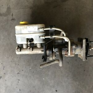 05 07 Dodge Ram Cummins Brake Vacuum Booster