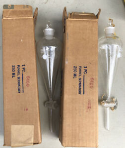 Pair Of Vintage Pyrex Laboratory Glassware 6400 Sept Funnels 250ml Box 36