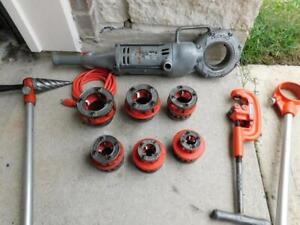 Ridgid 700 Pipe Threader Threading Machine With 6 Dies 1 2 To 2 Cutter Reamer