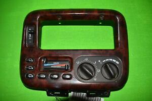 1999 2000 Chrysler Town Country Manual Dual Zone Climate Control 04677966ab
