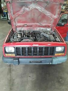 Automatic Transmission 6 Cylinder 2wd Fits 97 Cherokee 241734
