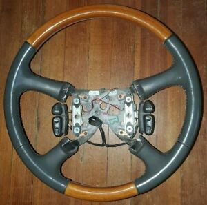 99 02 Cadillac Escalade Silverado S10 Leather Wood Steering Wheel