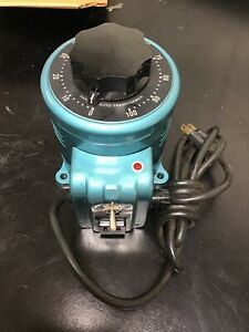 Staco Variable Auto Transformer Type 2pf 1010