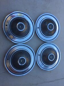 Set Of 4 1968 1969 Ford Thunderbird T Bird Hubcaps Vintage Center Caps As Is