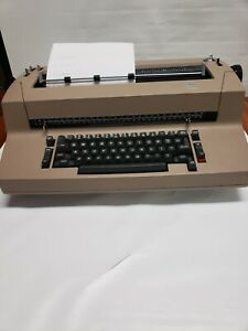 Beautiful Beige Ibm Correcting Selectric Ii 2 Electric Typewriter Tested