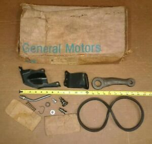 Nos Gm 65 Chevy Passenger Car Power Steering Adapter Kit W Pitman Arm