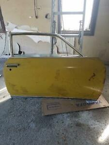 1972 Chevrolet Vega Passenger Side Door With Hardware Glass Chrome Trim Pickup