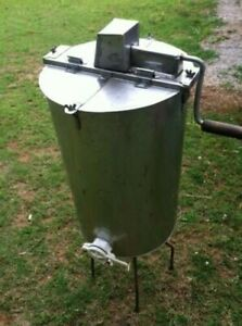 Used Stainless Steel 2 frame Manual Honey Extractor