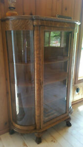 Antique Quarter Sawn Curved Glass China Cabinet
