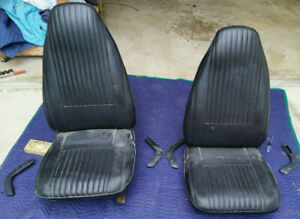 1970 Dodge Challenger Plymouth Barracuda Cuda Front Bucket Seat Pair