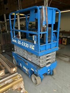 Genie Gs1930 19 Electric Scissor Lift Man Aerial Platform Excellent 2005