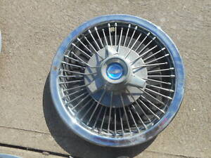 1 Ford Mustang 1967 Spinner Spoke Wire Hubcap Wheel Cover Hub Cap