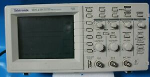 Tektronix Tds 210 Two channel Digital Real time Oscilloscope 60mhz 1gs s h55