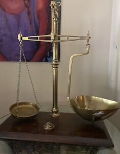 Large Antique W T Avery Ltd Brass Beam Balance Scale With 4 Base Weights