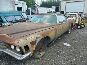1971 Buick Riviera Parting Out Car