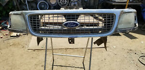 1999 2000 2001 2002 Ford Expedition Front Grille Lights Assembly Used Ad 8974