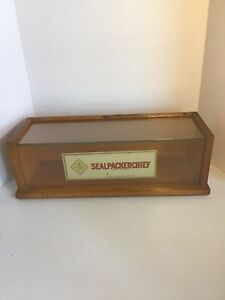 Rare 1918 Sealpackerchief Wood glass Display Case