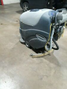 Advance Sc750 St 26d Idustrial Walk Behind Floor Scubber With Charger