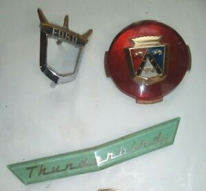 1955 1956 1957 Ford Thunderbird Front Nose Emblem Turquoise hubcap Ornament