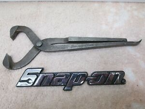 Snap on Tools Grease Dust Hub Cap Pliers Removal Puller Tool Gcp10