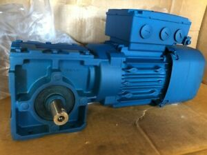 1 2 Hp Sew Eurodrive Gearmotor With Break Right Angle 166 Output Rpm