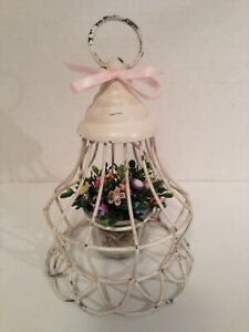 Vtg Button Bouquet Hanging Wire Basket Country Rustic Prim Shabby Cottage Chic