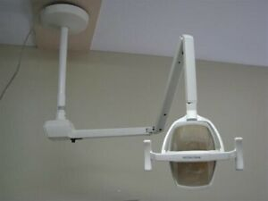 Pelton And Crane Lf2 Ceiling Mountdental Light