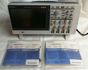 Tektronix Tbs2104 100mhz 1gs s 4ch Oscilloscope With New Probes