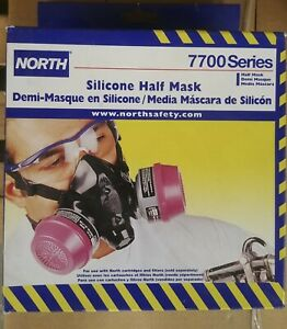 Honeywell North 770030 M Medium Respirator Face Piece Silicone bonus Filters