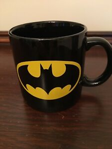 BATMAN Coffee Mug by Applause~ TM & DC Comics~ Black w/ Yellow Image~Vintage