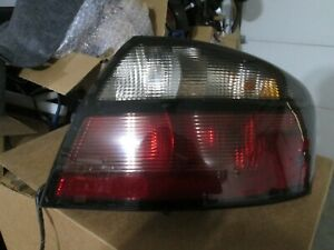 2004 2005 Pontiac Bonneville Gxp Right Passenger Side Tail Light Oem