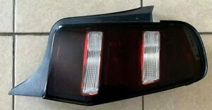 2010 2011 2012 Ford Mustang Rh Oem Taillight Tail Light Lamp Blacked Out
