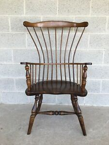 Sugar Hill Craftsman Maple Pine Windsor Comb Back Arm Chair
