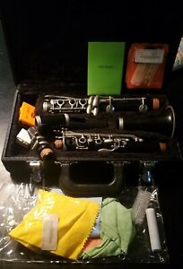 vintage F. E. OLDS clarinet for parts or refurbishing A28729