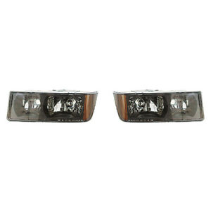 Fits 2002 2006 Chevy Avalanche 1500 Head Light Pair Side