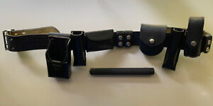Safariland Police Security Belt Mdl 87 36 90 3499 Bundled With Baton Holsters