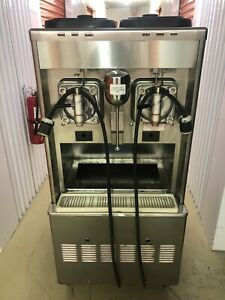 Taylor Double Frozen Drink Machine 342 Slush margaritas shakes refurbished