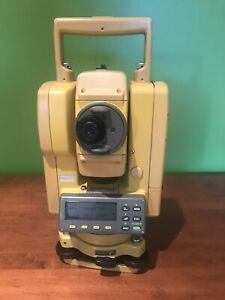 Topcon Gts 202 Total Station 2 Batteries Charger Case And Carrying Strap