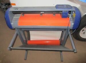 Titan 2 Uscutter 28 Vinyl Cutter With Basket Stand Vinyl Rolls And Extras