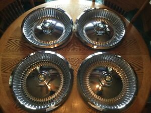 Nos 1978 78 Chrysler Cordoba New Yorker Brougham Turbine Hubcaps Excellent Cond