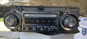 1970 72 Oldsmobile Cutlass 442genuine Oem Radio Original