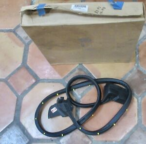 1982 92 Camaro F Body Nos Right Door Weatherstrips 20350900 Real Gm Z28