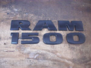 Dodge Ram 1500 Door Emblem Black 2007 2018 Left Or Right Oem