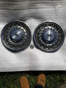 1975 84 Cadillac 15 Wire Wheel Covers Pr